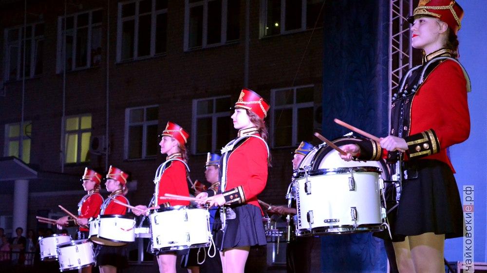 открытие цветомузыкального фонтана, Чайковский, 2017 год