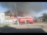 Пожар Валдай 03.08.17 Горят два деревянных здания