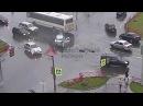 30-летняя девушка за рулем ВАЗ-2112 врезалась в пассажирский автобус
