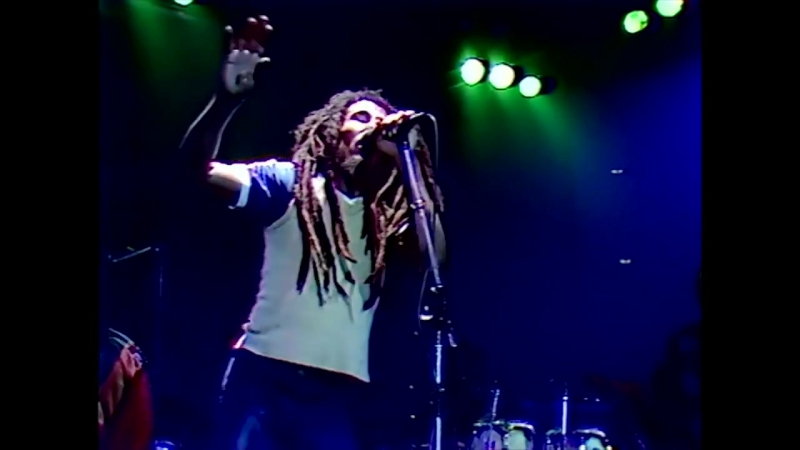 Live: Bob Marley - Is This Love