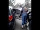 2 дівчини-  водія
