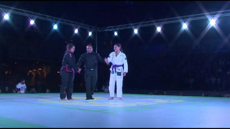 пурпуры Raquel Paaluhi Canuto vs Faith Mata f2winPRO 16