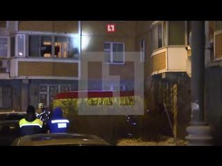 Леонид Оводов, грозивший расправой семье, прыгнул из окна своей квартиры