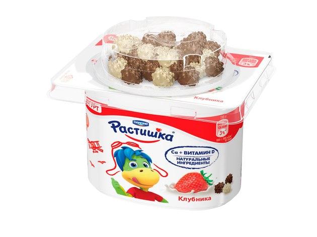 Симбиоз клубники и злаковых драже в белом и молочном шоколаде