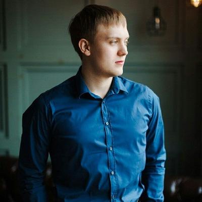 Максим Шуховал