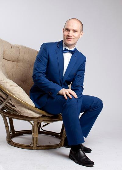 Евгений Аносов