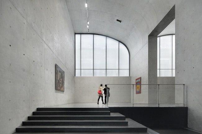 НЕОБЫЧНОЕ ПРОСТРАНСТВО ДЛЯ ПРОВЕДЕНИЯ ИССЛЕДОВАНИЙ  Самая большая частная коллекция предметов искусства в Китае наконец-то обрела свой дом на берегу реки Хуанпу.