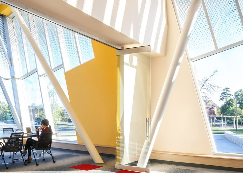 ZAS creates Toronto library with curved walls and slanted windows (Part 1)