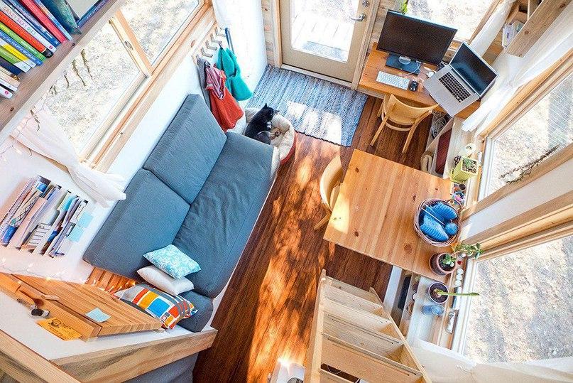 Маленький дом на колесах  Веб-дизайнер Алек Лисефски бросил вызов экономическому неравенству, растущим ценам на недвижимость и земельные участки в США.