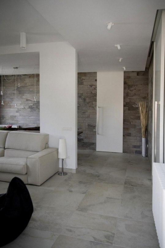 Современная квартира для молодой пары в Италии  Дизайн интерьера квартиры Casa MS_SM представлен проектным бюро msX2 .