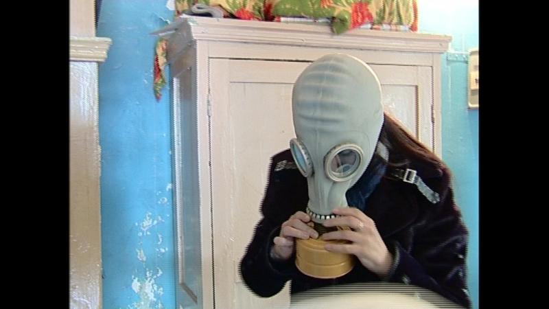 Катя Щеглева в противогазе » Freewka.com - Смотреть онлайн в хорощем качестве