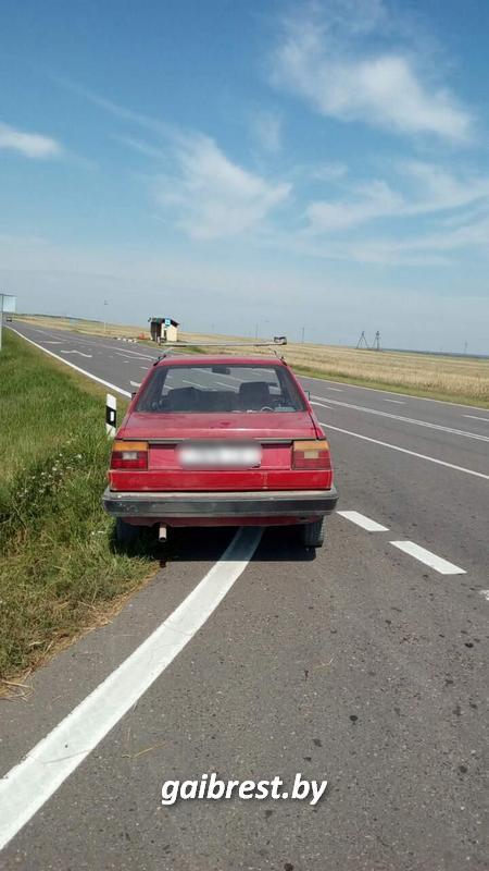 Водитель мотоблока, мотоциклист и трое водителей автомобилей задержаны пьяными