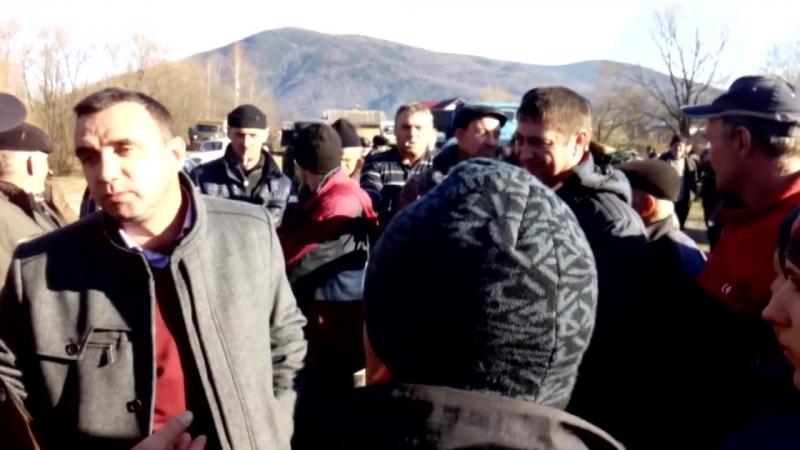 с. Гриньків громадський протест з блокуванням дороги