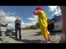 Ronald McDonald Assaults Grandpa | Рональд МакДональд избивает дедулю [Русская озвучка]