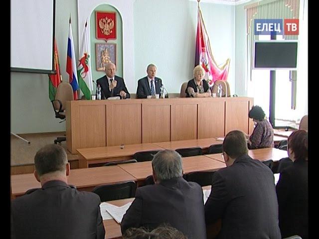 На 57-й сессии Совета депутатов Ельца утверждена схема одномандатных избирательных округов по выборам депутатов