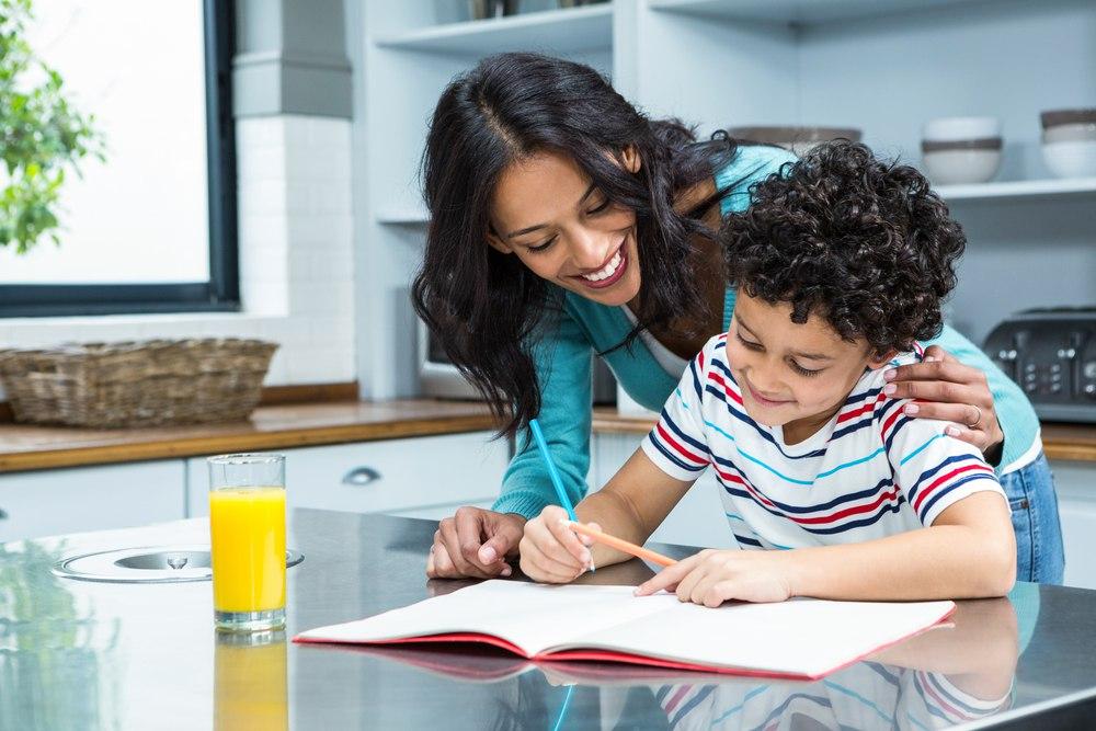 Делать за ребенка домашнее задание