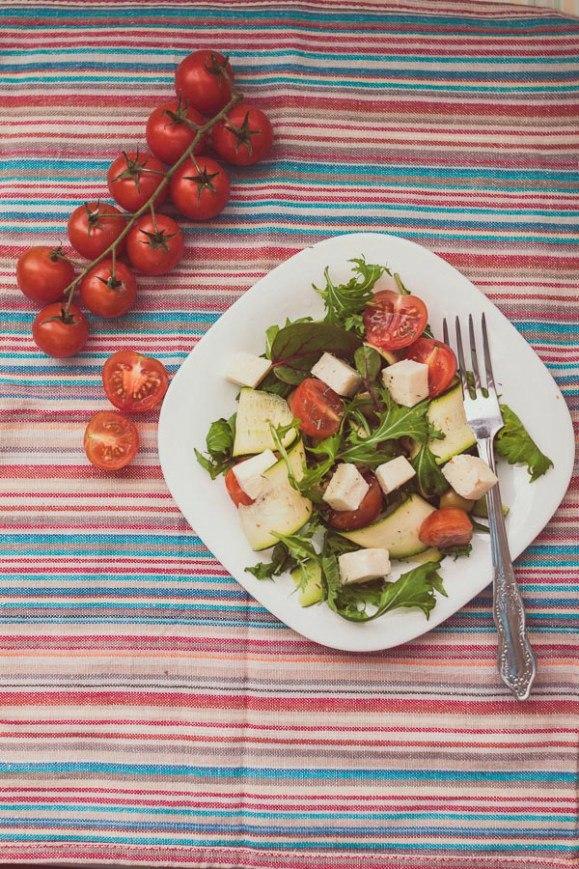 Салат с молодым кабачком