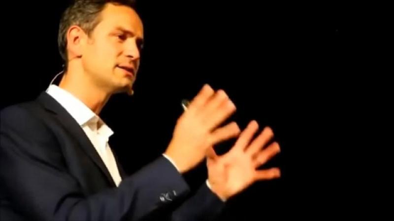 Jún 2016 - Daniele Ganser vysvetľuje vojnu v Sýrii! Keď na to ľudia prídu!