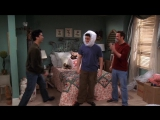 Friends.S10E16.The.One.with.Rachels.Going.Away.Party 00_04_18-00_04_35