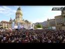 Хор Турецкого исполняет военные песни в Берлине