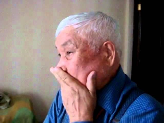 Виртуоз кубызист мира Роберт Загретдинов демонстрирует смешанный вид горлового