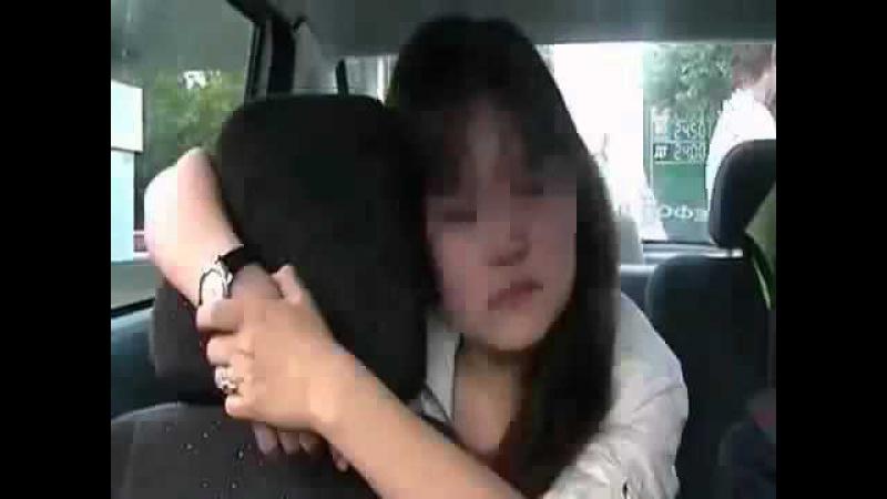 Пьяная баба бьёт инспектора ГАИ и крушит машину Приколы ГАИ