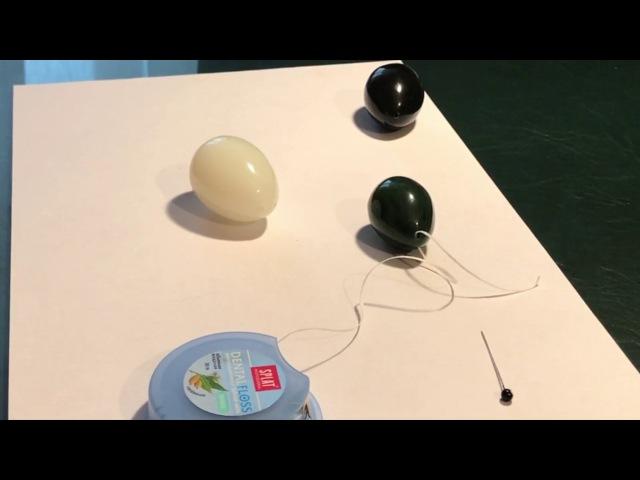 Как вставлять нить в отверстие нефритового яичка