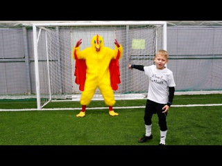 Wow! Football skills for kids and beginners. Football hilarious challenges. Clip #2.