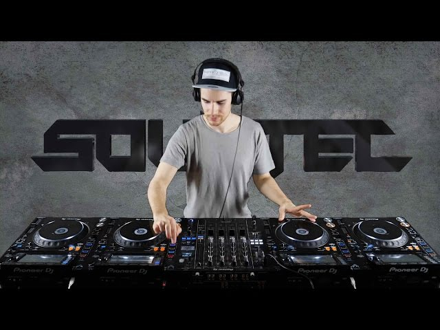 Sountec - Performing on 4 CDJ NEW 2017 MASHUP Mix