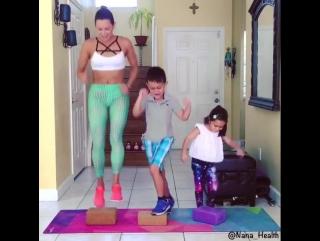 Такая позитивная и спортивная семейка!