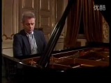 Mozart Piano Sonata no. 5 in G major, kv. 283 - Daniel Barenboim