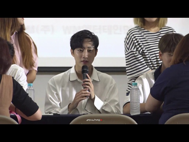 [20170716] B1A4 LIVE SPACE 2017 DVD 발매기념 팬사인회_Jinyoung focus