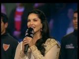 Sunny Leone singing National Anthem at Pro Kabaddi 2016