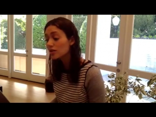 Emmy Rossum sings Stand By Me Tribute to Ben E. King