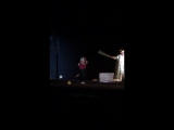 Айнур танцует