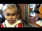Маленькая девочка сама постриглась – папа в шоке