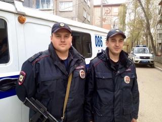 В Иркутске по горячим следам сотрудники полиции задержали подозреваемого в разбойном нападении на офис микрозайма