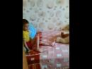 играю с братом