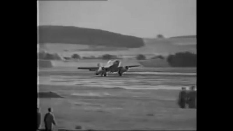 Мессершмитт Me.262 (Messerschmitt Me.262), первый полет 18.07.1942 в Лейпхейме (Leipheim)