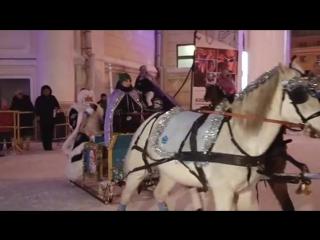 Волшебный изумрудный город на Театральной площади официально открыт для кировчан