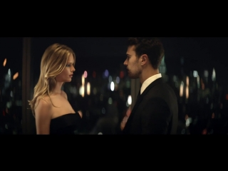 BOSS THE SCENT for her - Official Video with Anna Ewers Theo James - HUGO BOSS P