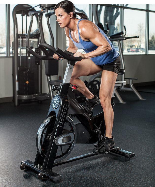LLec8H0sUAk В здоровом теле здоровый дух. Как занятия спортом влияют умственные способности