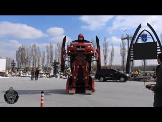 Турки превратили BMW в робота-трансформера