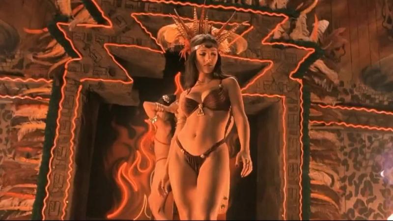От заката до рассвета - Сальма Хайек (один из самых сексуальных танцев в истории кино)