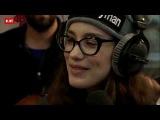 Виктория Дайнеко поет вживую на радио