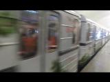 Новогодний поезд в Московском метро.Порадовало