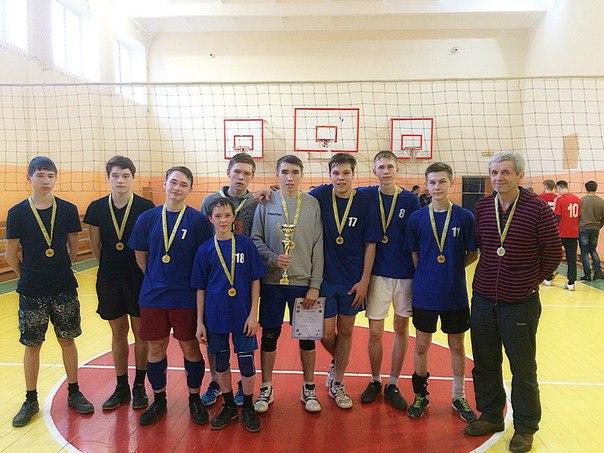 Завтра (23.03) в 28 школе состоятся финальные игры нашей волейбольной