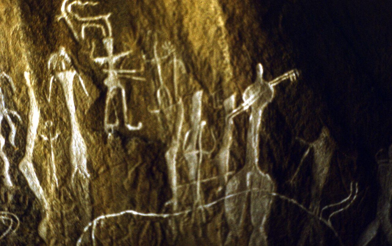 наскальные изображения в заповеднике Гобустан