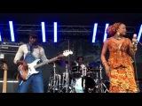 Bela Fleck &amp Oumou Sangare Performing Lyo Djeli @ Terrassen, Sodra Teatern, July 10th 2012 Stockholm