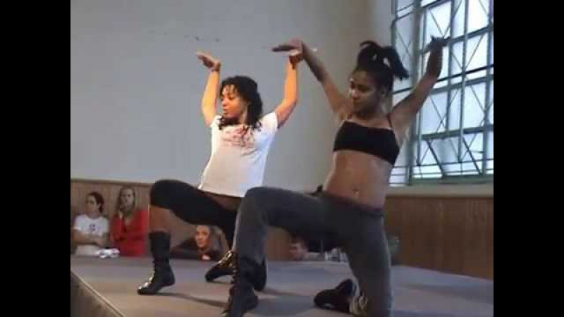 Reggaeton work-shop. Latin Black girls Yunaisy Farray Tania Connarsa.